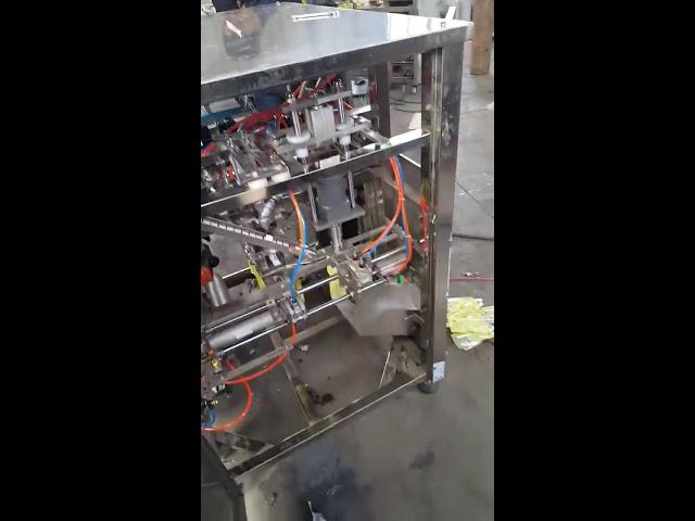 La sauce 500ml de jus tiennent la machine remplissante et de capsulage de Doypack de poches de sac