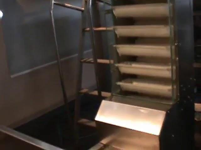 machine de pesage et d'emballage de matériaux mélangés