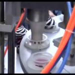 Semi Automatisk Mini Rotary Ice Cream Cup Fyldnings- og forseglingsmaskine