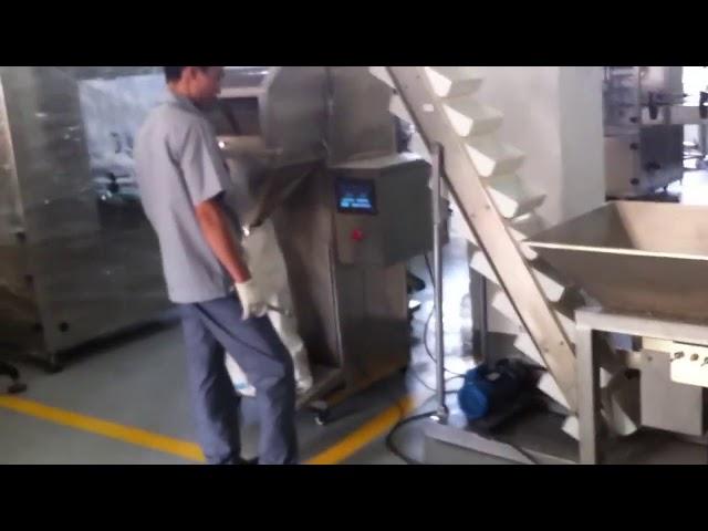Polavtomatski stroj za pakiranje majhnih zrnc v vrečki